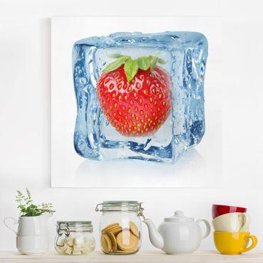 Stampa su tela - Strawberry in ice cube - Quadrato 1:1