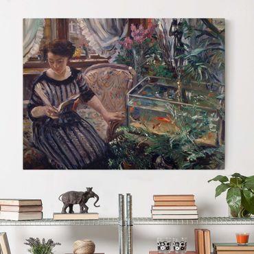 Stampa su tela - Lovis Corinth - Una donna che legge vicino ad un serbatoio Goldfish - Orizzontale 4:3