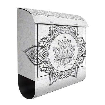 Cassetta postale - Mandala con loto effetto cemento