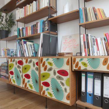 Carta adesiva per mobili vintage - Motivo floreale astratto retrò