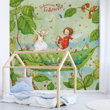 Carta da parati - The Strawberry Fairy - Trampoline