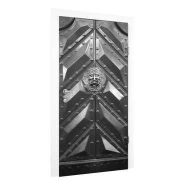 Carta da parati per porte - Old steel door with lion head door knocker