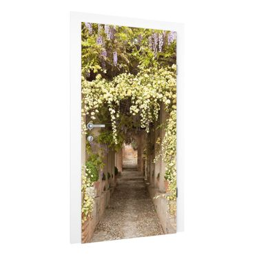Carta da parati per porte - Flower-lined avenue in Spain