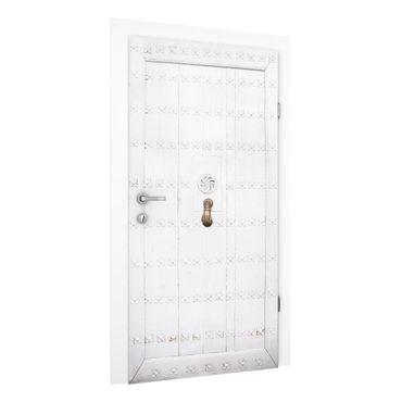 Carta da parati per porte - Mediterranean white wooden door with ornate hinges
