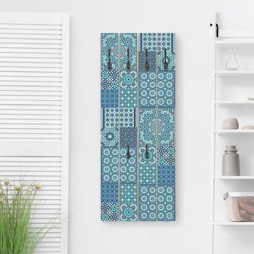 Appendiabiti in legno - Moroccan mosaic tiles turquoise - Ganci neri - Verticale