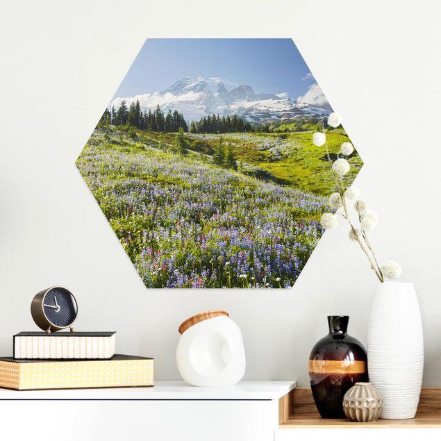 Esagono in Alu-dibond - Prato della montagna con fiori di fronte Del Monte Rainier