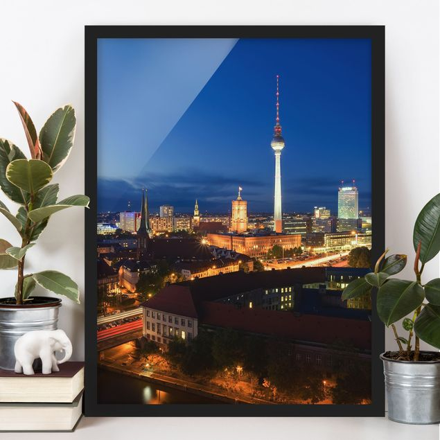 Poster con cornice - Tv Tower At Night - Verticale 4:3